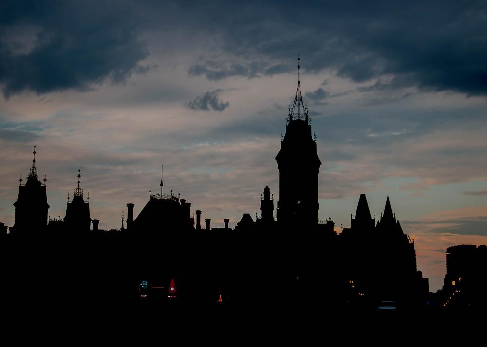 Darkness Falls in Ottawa