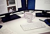 workstation-405768_640.jpg