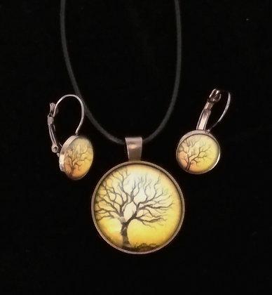 Bare Tree Silhouette Pendant Set