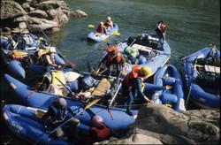 Rafts and kayaks on Tambopata