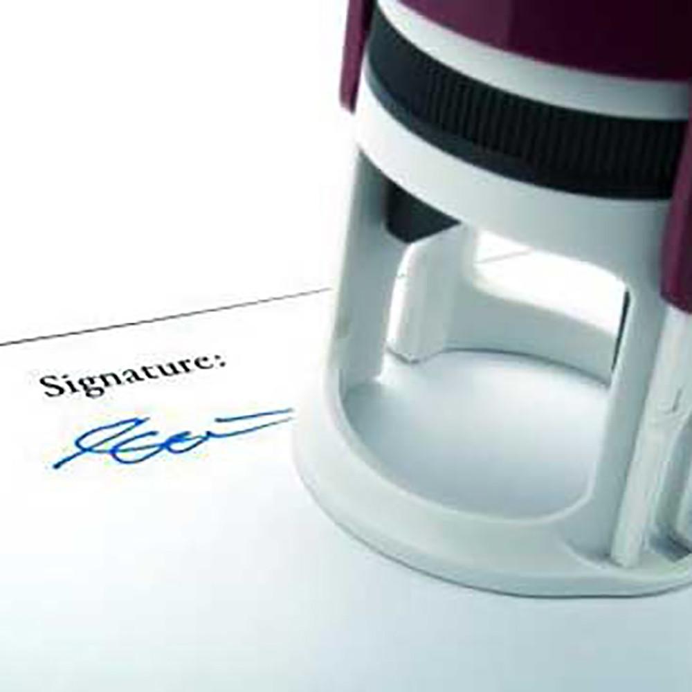 При наличии такого соглашения, договор заключенный по 223-ФЗ может быть подписан факсимиле