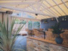 Terrasse extérieure couverte