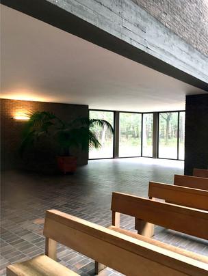 Spotted: three remarkable sacred buildings on last weeks Dessauvage-Safari.