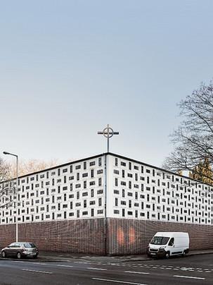 Tafelkirche Oberhausen: barely adaptive - great reuse