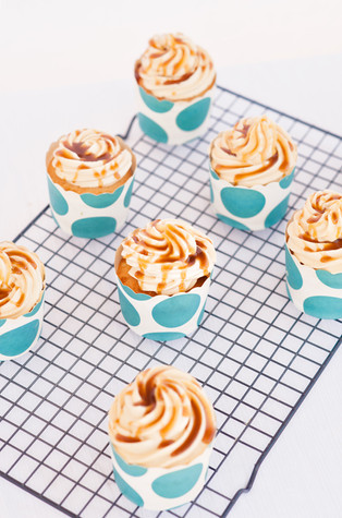 Vanilla Cupcakes with Caramel Buttercream