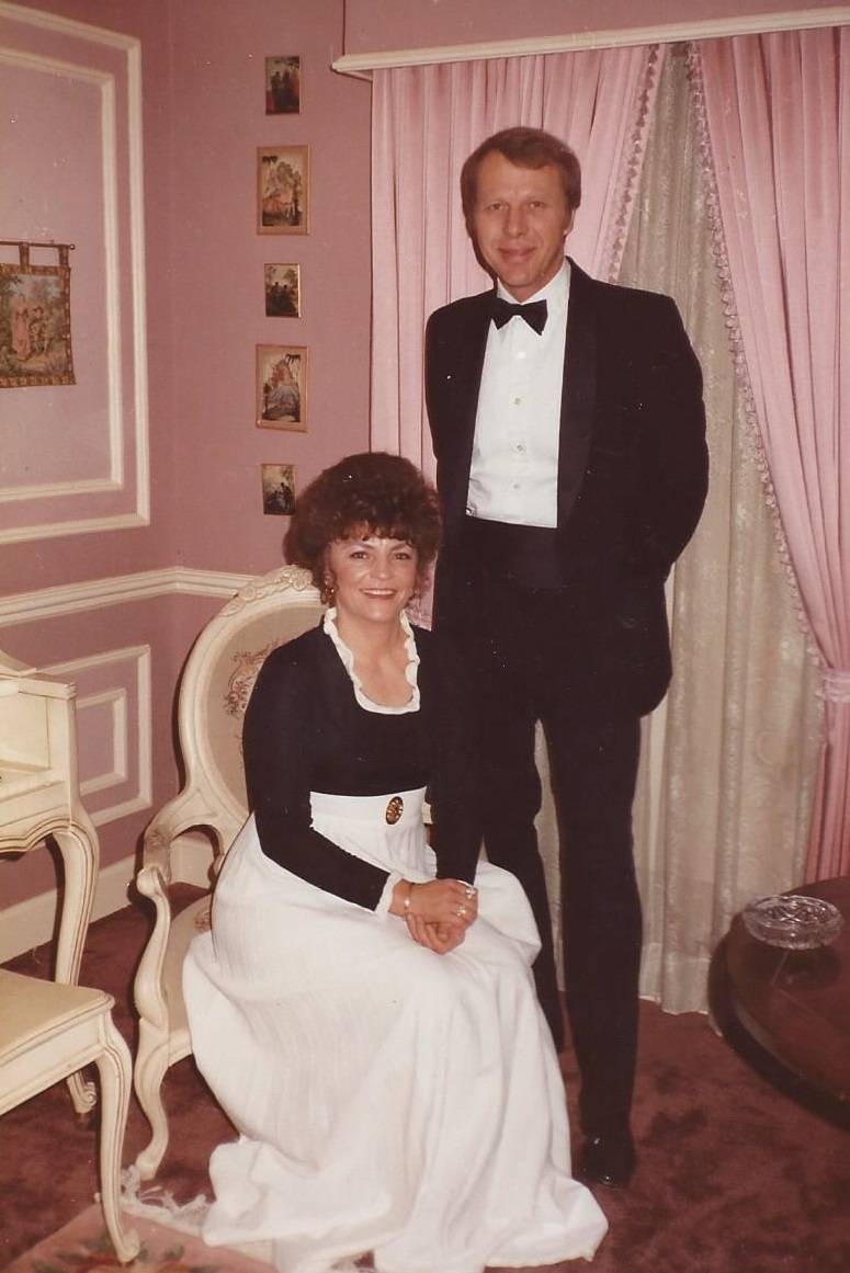 Ray and Marilyn Formal.jpg