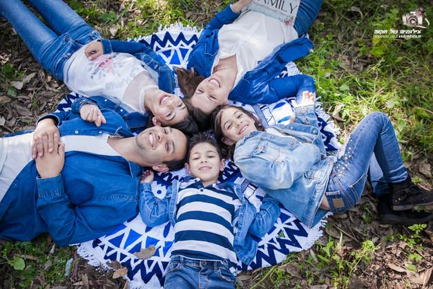 צילומי משפחה תקווה מהבד (6).jpg