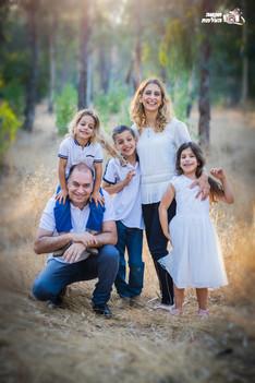 צילומי משפחה תקווה מהבד הצלמת (10).jpg