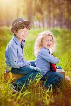 צילום משפחה ילדים תקווה מהבד (2).jpg