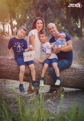 צילומי משפחה וילדים תקווה מהבד-2.JPG