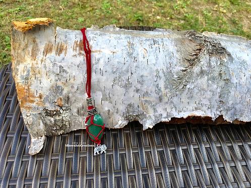 Rosso con Avventurina verde e charm elefante