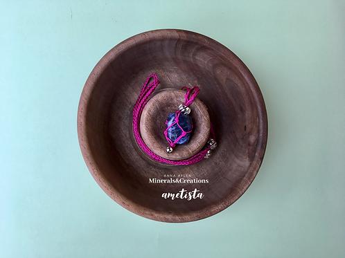 Fucsia con Sodalite e charm campanellino