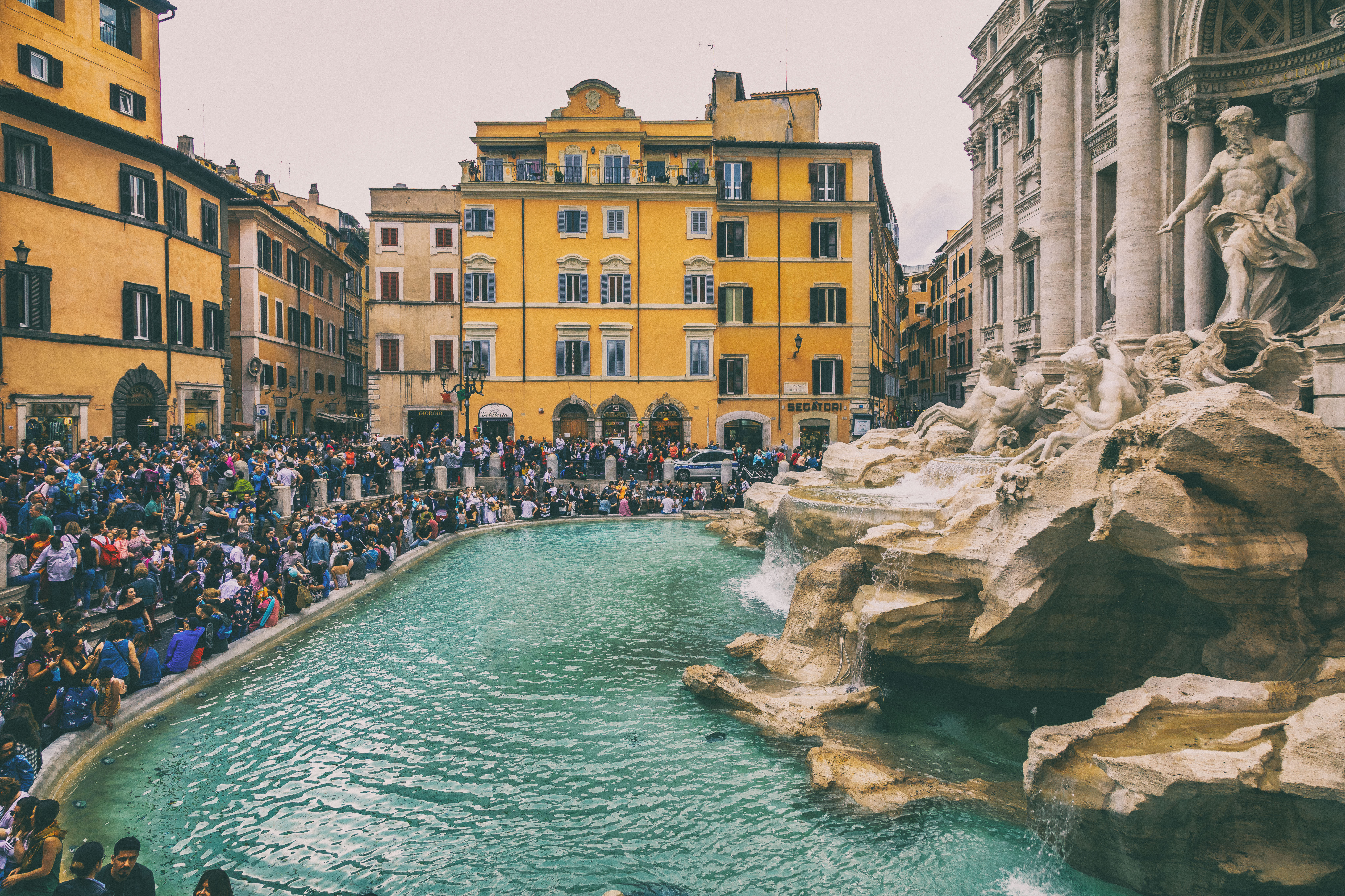 Fontana di Trevi A