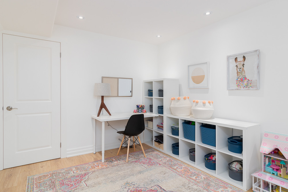 kids play room and home office