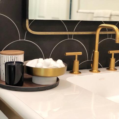 Ottawa Glam Bathroom