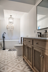 Master bathroom gray and white patterned tile