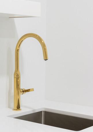 bar sink gold faucet