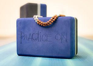 Yoga sutter1180614-2.jpg