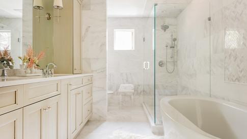 Sharon Residence -Master Bathroom