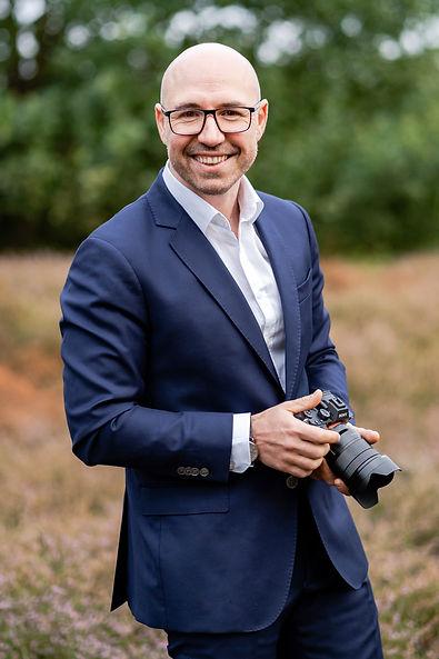 Nikita Kret - Fotograf für Brautsytling