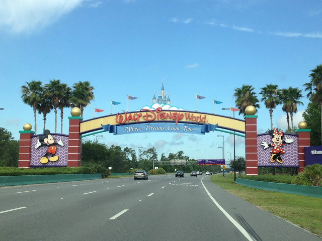 Walt Disney World - Extended Evening Theme Park Hours for Deluxe Resort Hotel Guests