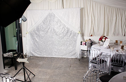 open wedding photo booth hire