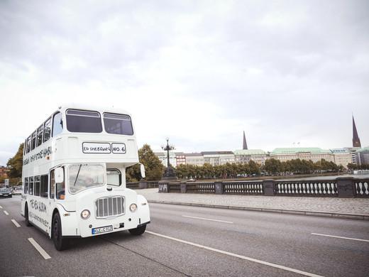 ed sheeran pop up bus