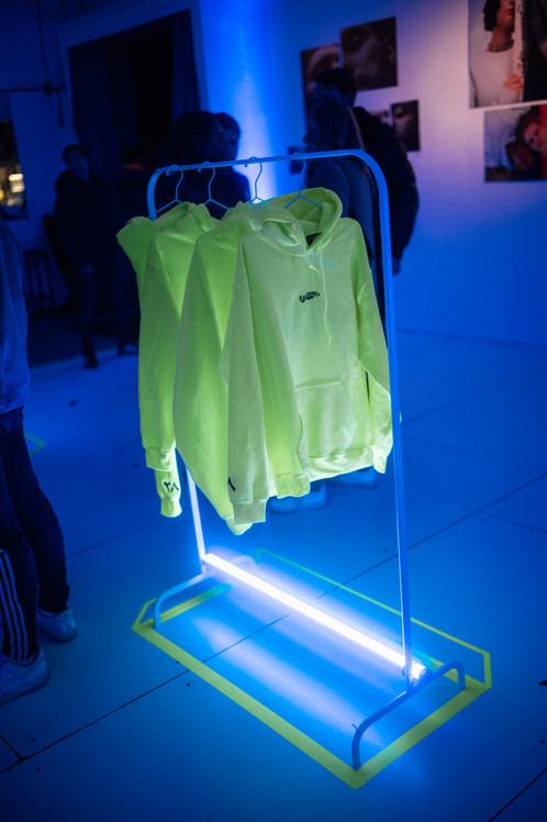 habibi neon vibe