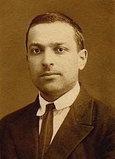Lev-Semyonovich-Vygotsky-1896-1934.jpg