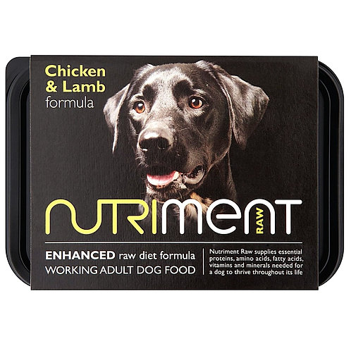 Nutriment raw chicken and lamb formula for dogs in a 500g tray