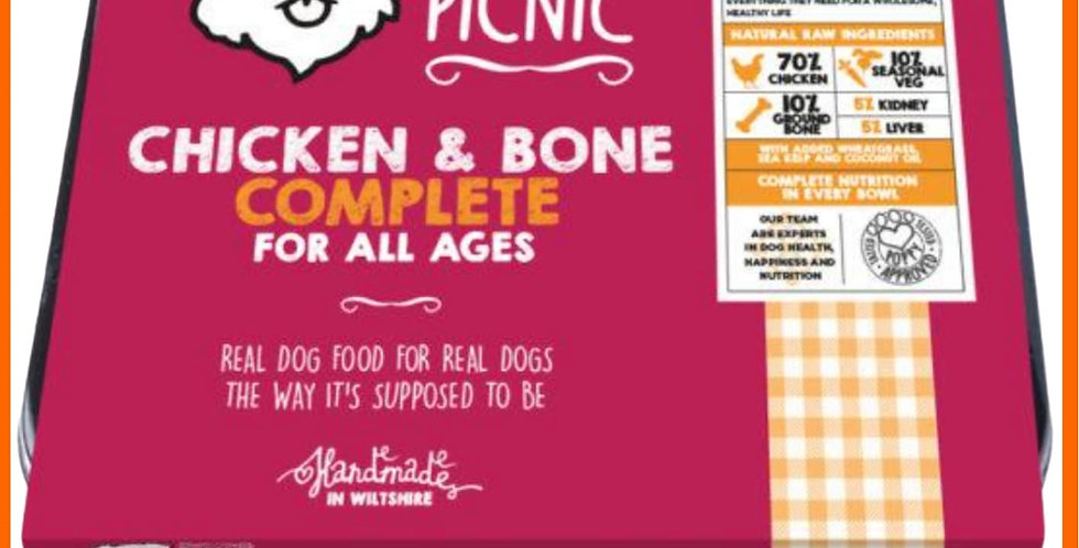 Poppy's picnic Raw Chicken mince complete for dogs in retail tray