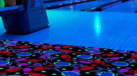 Светящийся ковролин для боулинга