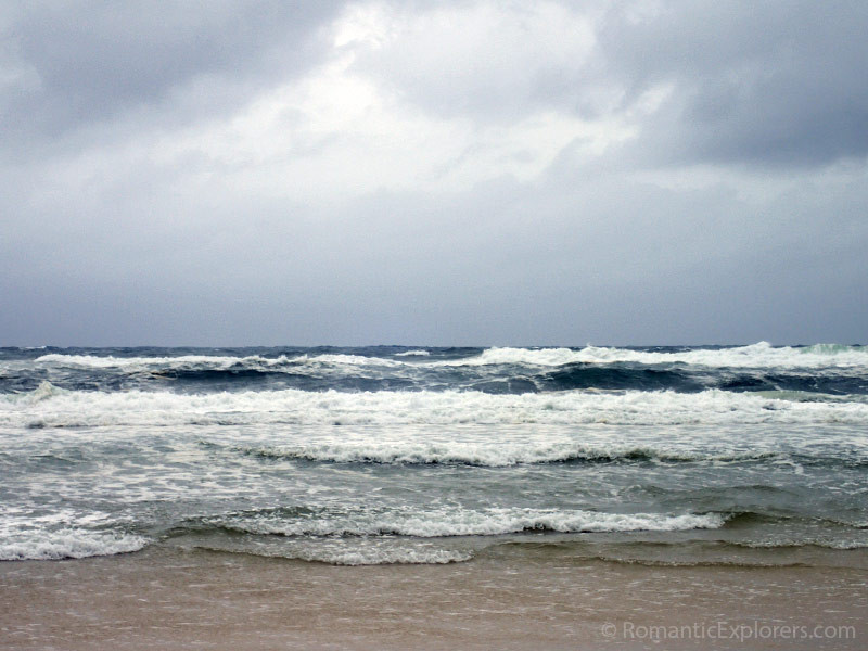 The rolling waves of Eurong Beach.