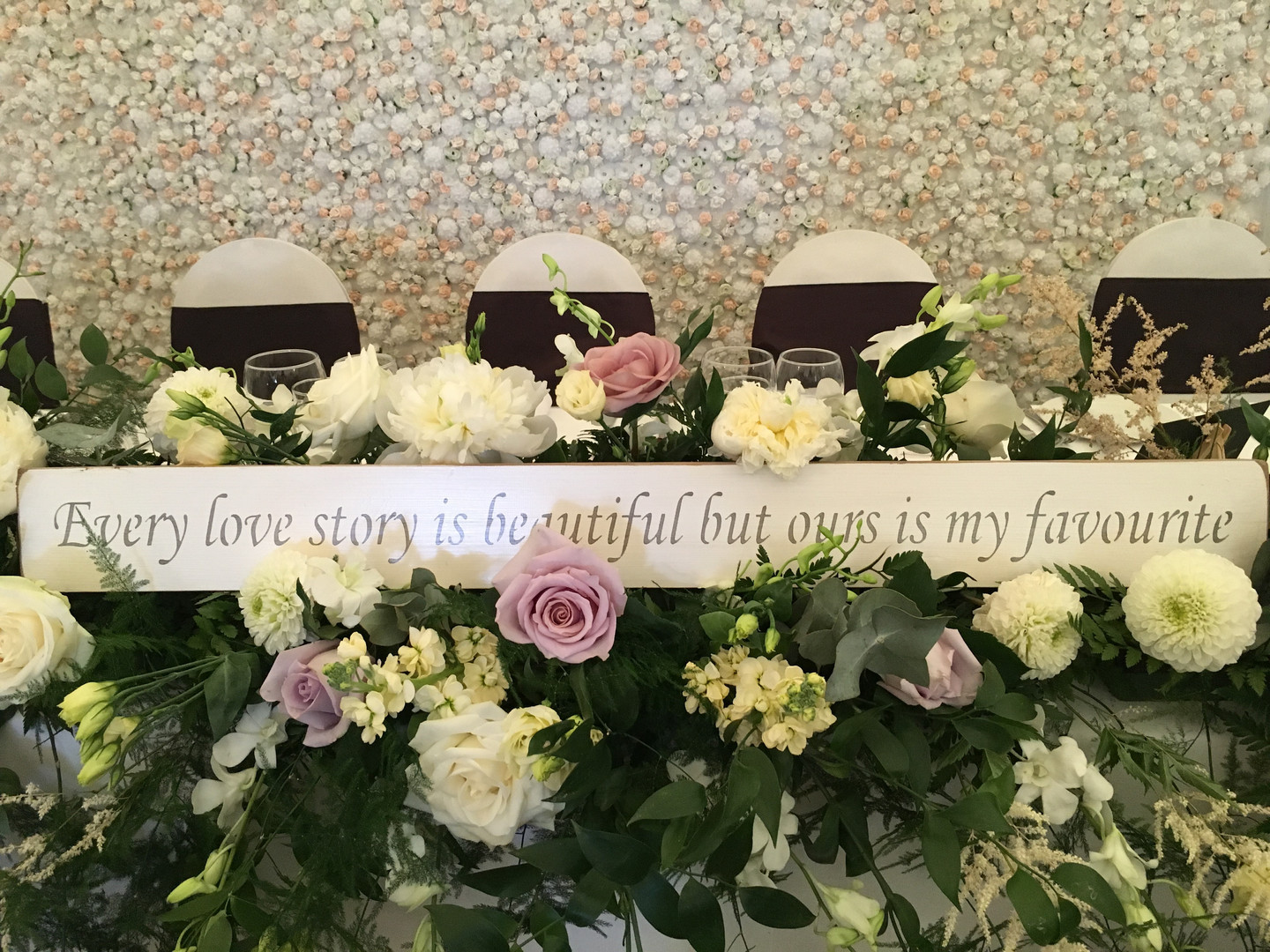 Top table with flower wall