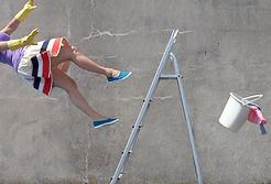 woman_falling_off_ladder.jpg