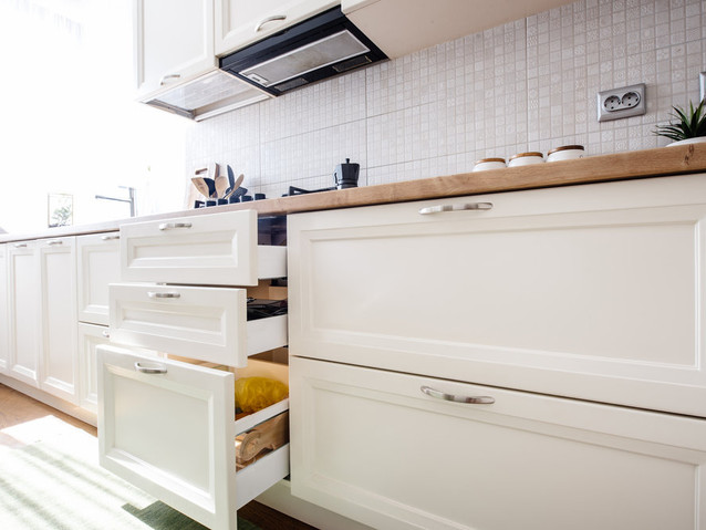 modern-kitchen-cabinets-with-new-applian