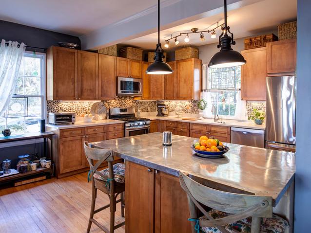 designer-eclectic-style-kitchen-PE8CJKW.