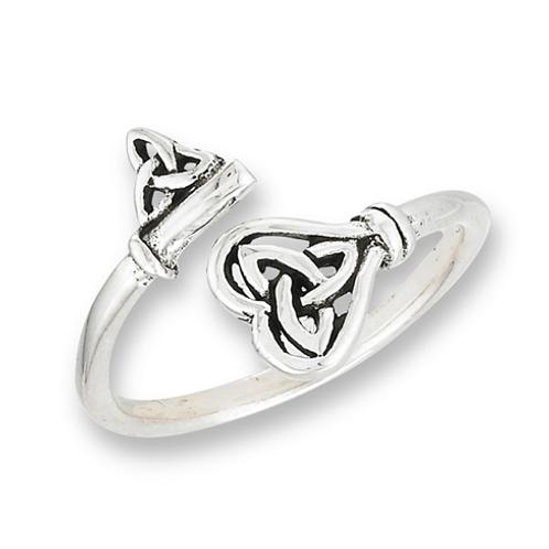 celtic triquetra key ring