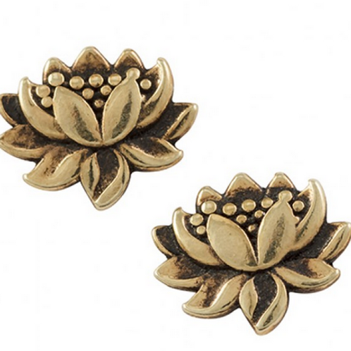 touch of gold | lotus studs