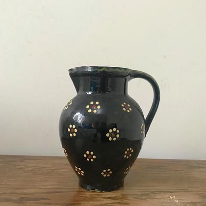 Hafnerware jug