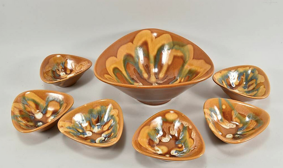 Mixed lot of ceramic bowls with running glaze