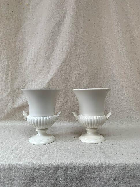 Pair of Wedgwood: Etruria and Barlaston Urns