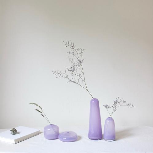 Little Gem Vase (Lilac) + dried flowers