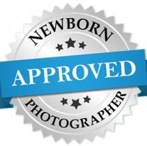 approved newborm photographer badge