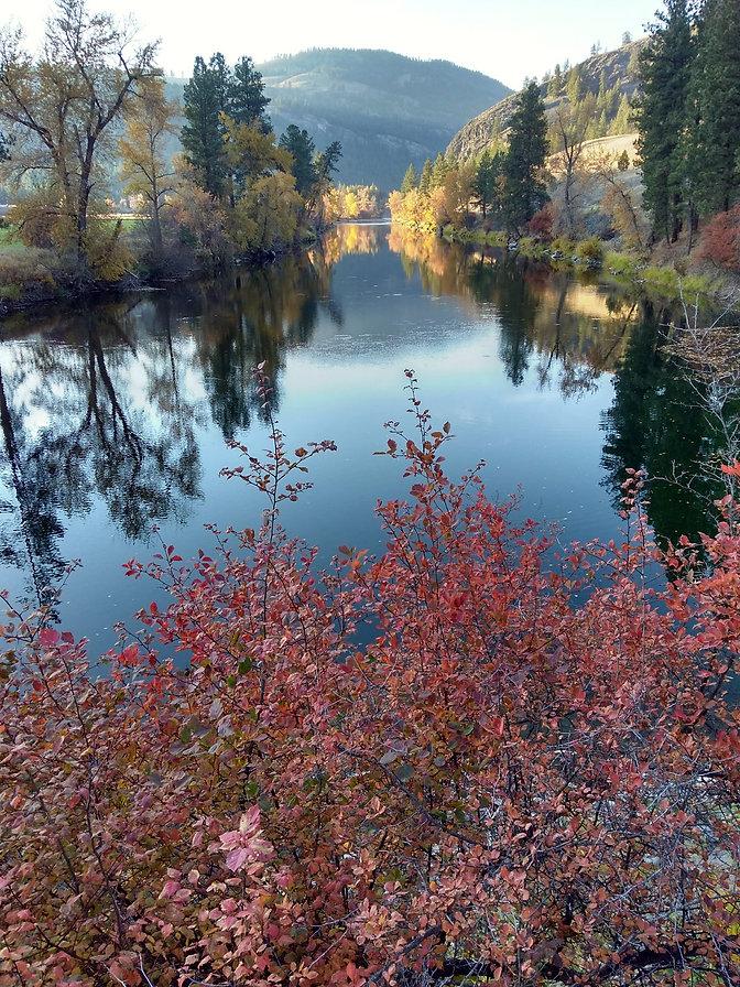 Kettle River fall colors nice.jpg