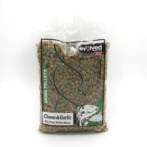 Evolved Cheese & Garlic Big Fish Pellets - 900g