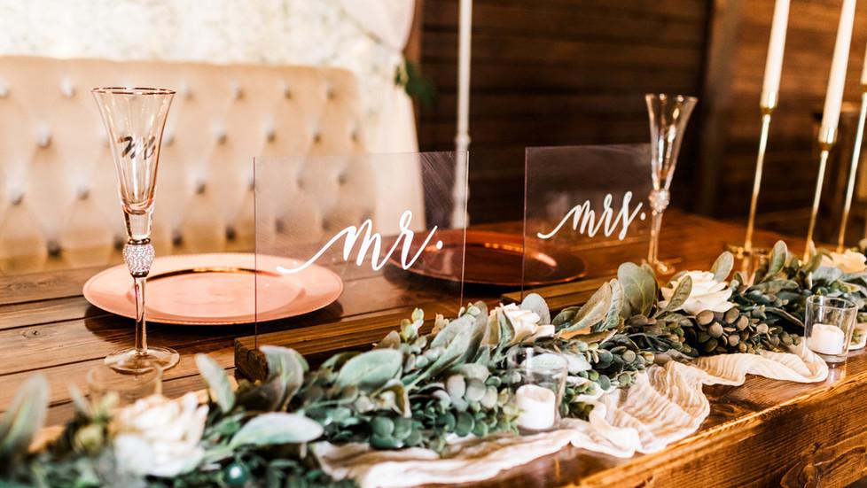 A Quaint Barn Wedding for Alexa and Jeremy