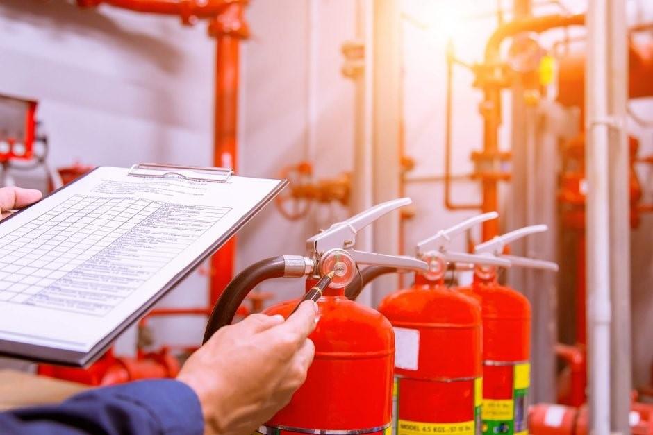 inspeção de extintor de incendio