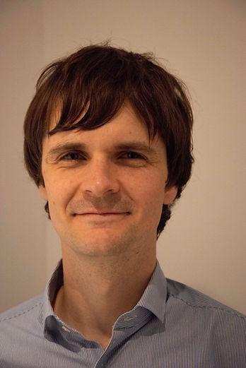 Dr Michael Munday