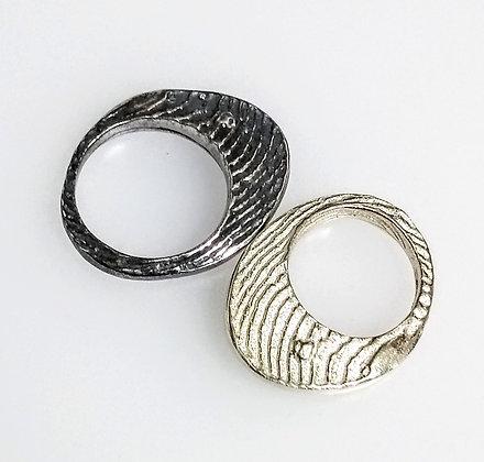 Elliptical Textured Ring
